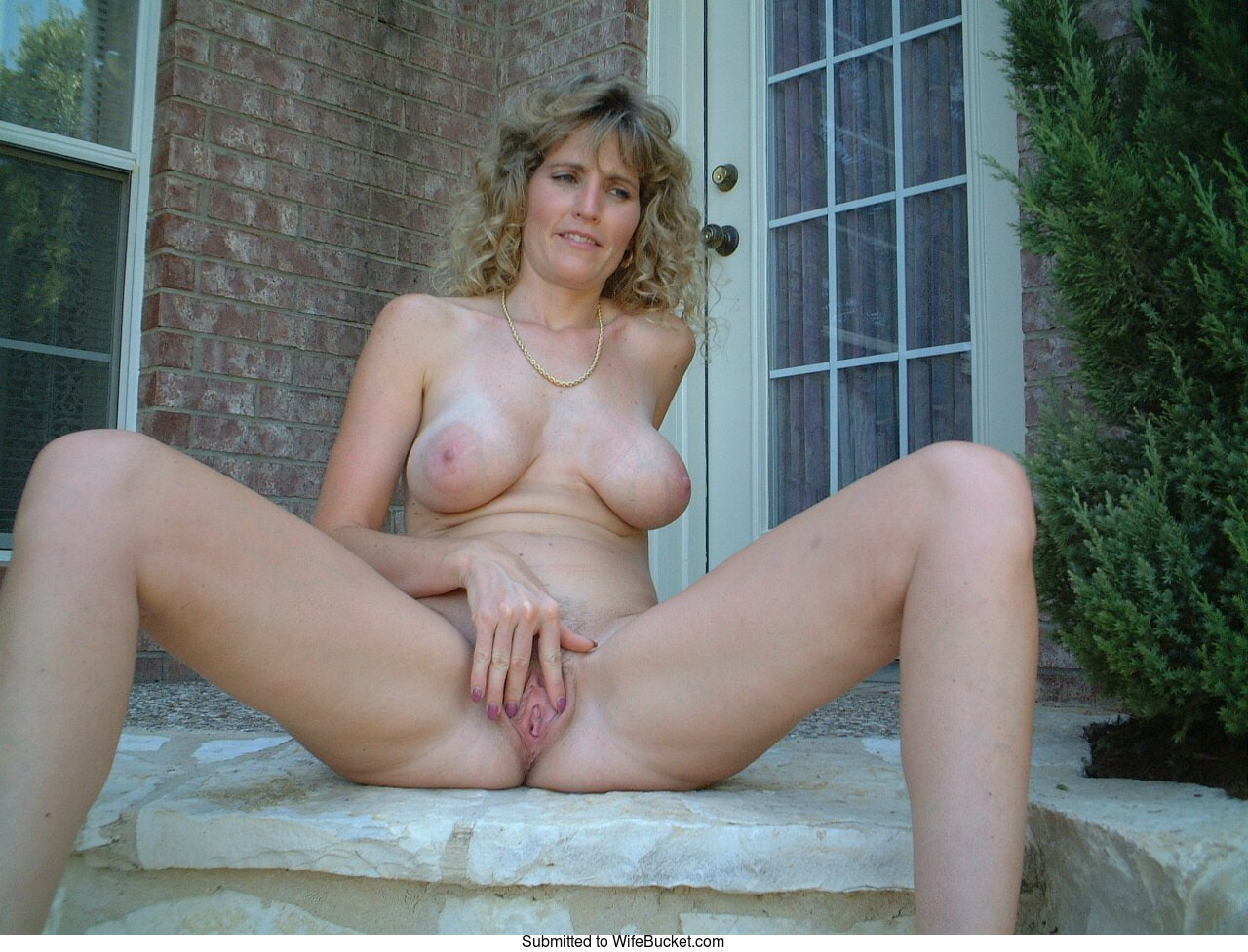 lacy duvalle nude